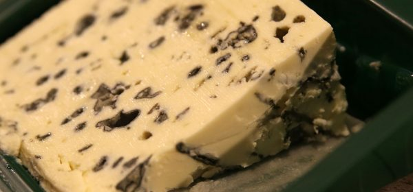 Saint-Agur, um puro produto da indústria agro-alimentar.